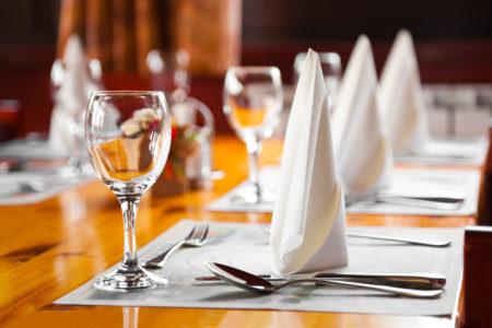 Tischsets-drucken-gedeckter-Tisch