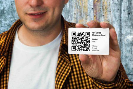 Visitenkarte Mit QR-Code Verlinkung Zu Ihrem Webauftritt